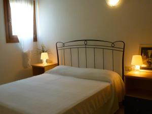 One-Bedroom Apartment with Veranda