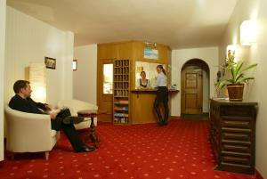Hotel Surpunt, Hotely  Flims - big - 24