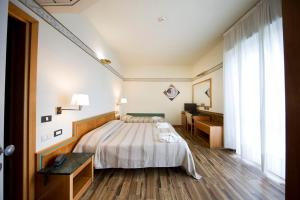 Hotel Marina Bay - AbcAlberghi.com