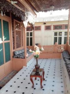 Kashmir View Houseboat, Отели  Сринагар - big - 16