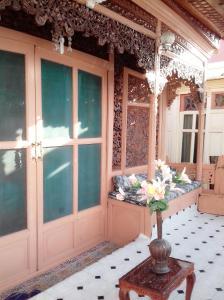 Kashmir View Houseboat, Отели  Сринагар - big - 21