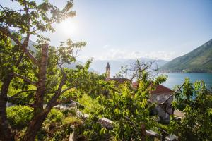 Stoliv Bay House, Holiday homes  Tivat - big - 1