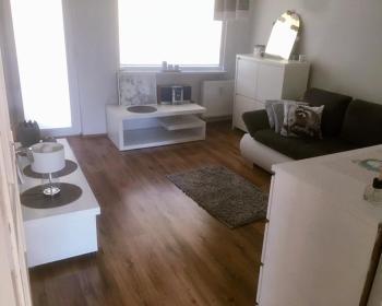 pokoje Wejherowo HARCERSKA 6 M 4 mieszkanie blok piętro 1