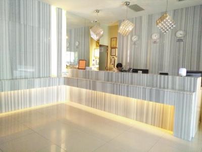 Hotel Metropolitan(高雄都會商旅)