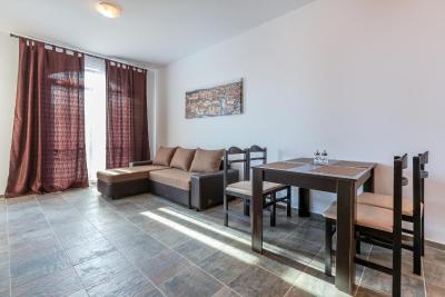 Luxury 1bdr apartment in Villa Astoria IQ