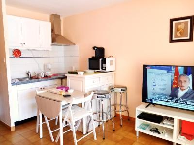 Studio in La Seyne sur Mer with wonderful sea view furnished terrace and WiFi