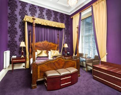 Ballantrae Hotel(Ballantrae Hotel (巴伦特雷酒店))