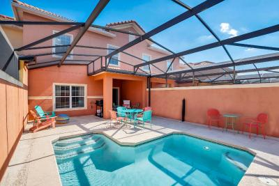 4BR Family Resort Home - Private Pool and BBQ!