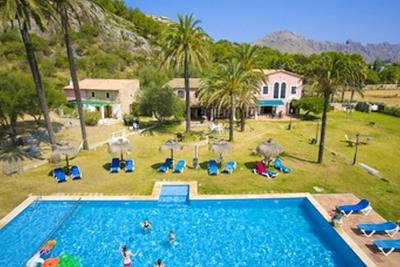 Apartment with 2 bedrooms in Pollenca with wonderful mountain view shared pool and enclosed garden