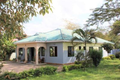 Africaheartsdesire Hostel