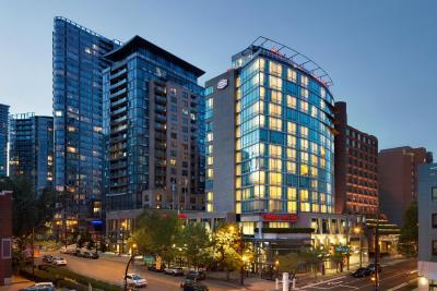 Hampton Inn & Suites, by Hilton - Vancouver Downtown(Hampton Inn & Suites Vancouver Downtown (温哥华市中心汉普顿套房酒店))