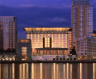 Canary Riverside Plaza Hotel(Four Seasons Hotel London at Canary Wharf (四季酒店伦敦金丝雀码头))