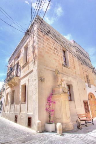 . My Travel House