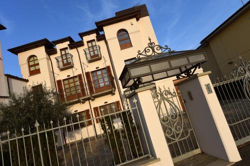 La Maison du Soleil - Apartment - Serralunga d'Alba