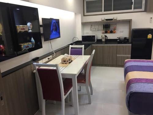 Family Suite Room Pratunam photo 30