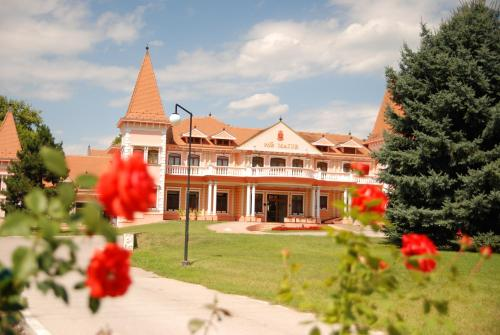 . Hotel Villa Majur
