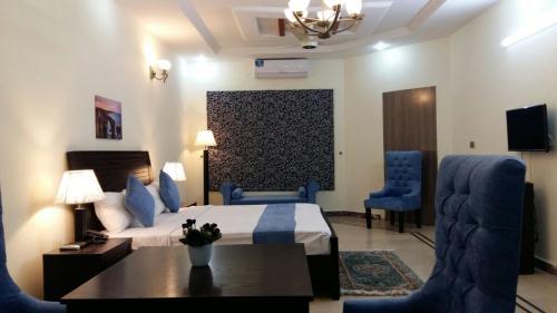 Фото отеля Serene Residence