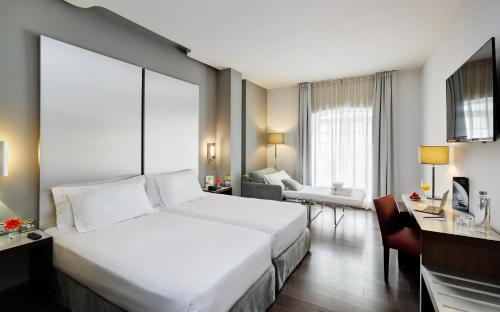 Double Premium or Twin Room with Sofa Bed (2 Adults + 1 Child)
