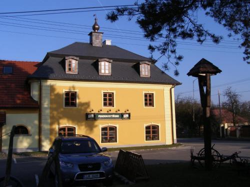 . Hotel Rytířsko
