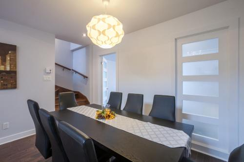 3 bedrooms 2 bathrooms Mont-Royal Apartment by Lux Montreal Vacations Rentals Foto principal
