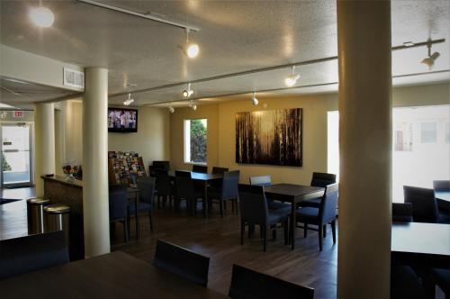 Days Inn By Wyndham Durango - Durango, CO 81301