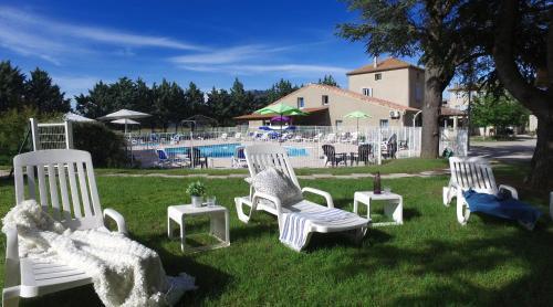 VVF Villages « Le Plateau Provençal » Lagrand - Village et club de vacances - Garde-Colombe