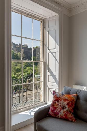 Destiny Scotland - Chisholm Hunter Suites photo 17