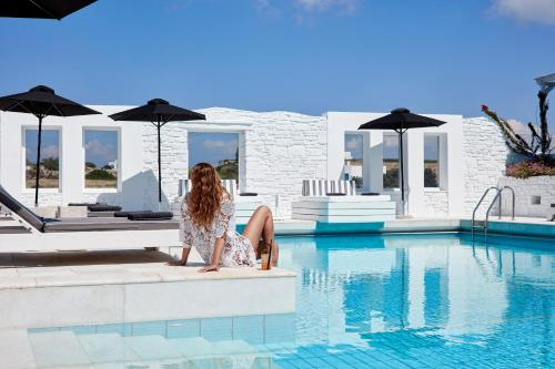 . Mr. and Mrs. White Paros - Small Luxury Hotels of the World