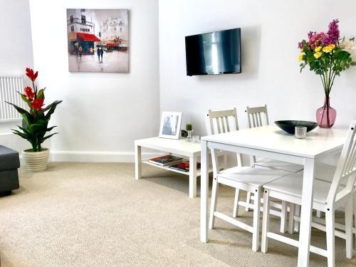 Harrow Apartments - image 10