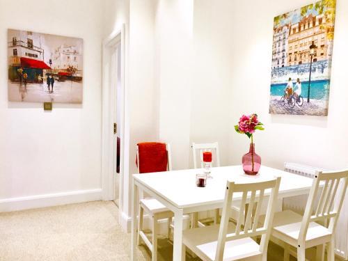 Harrow Apartments - image 19