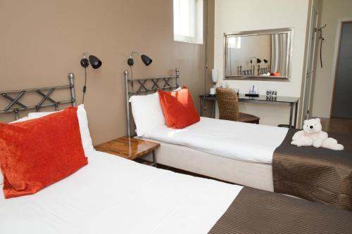 Maude's Hotel Enskede photo 44