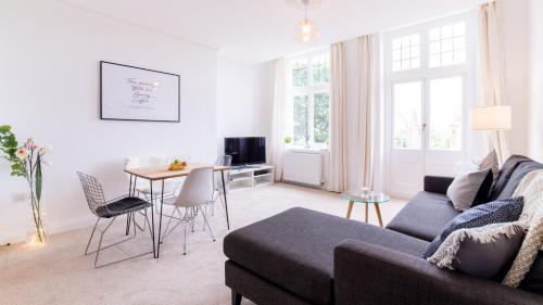 . Victorian Apartment