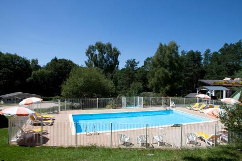 . VVF Villages « Les Gorges de Haute Dordogne » Neuvic Le Lac