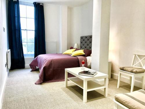 Harrow Apartments - image 9