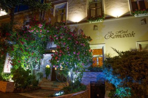 . Hotel Romantik Eger