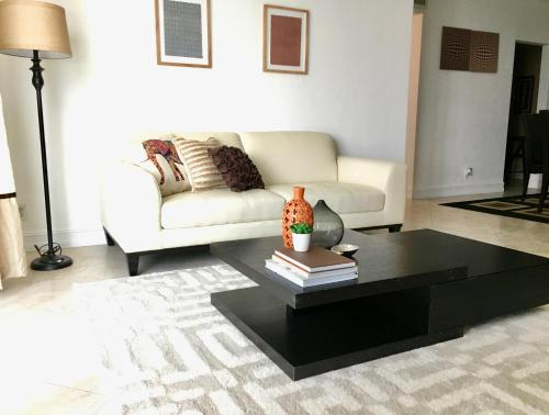 Beautiful And Large 2 Bedroom At The Tides Hollywood - Hollywood, FL 33019