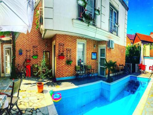 Chill Out Hostel Pogradec