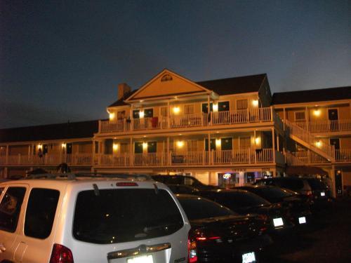 Desert Palm Inn Motel - Seaside Park, NJ 08752