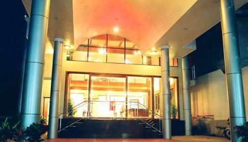 Hotel Safari Venjaramood, Thiruvananthapuram