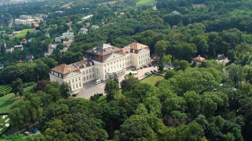 Kasteel-overnachting met je hond in Austria Trend Hotel Schloss Wilhelminenberg Wien - Wenen - 16. Ottakring