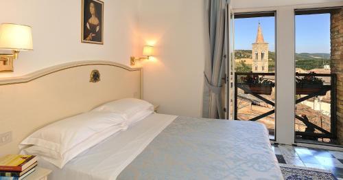 __{offers.Best_flights}__ Hotel Raffaello