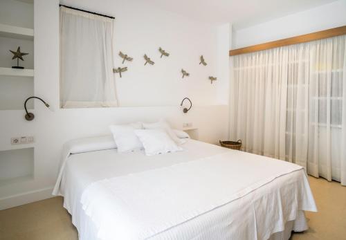 Habitación Doble Estándar con acceso al spa - 1 o 2 camas Hotel Es Marès 14