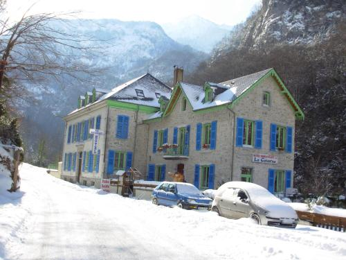 Auberge la Caverne - Hotel - Laruns