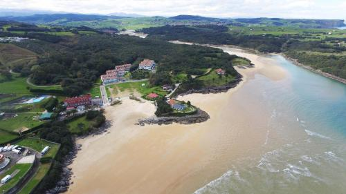 . Apartamentos Cantabria