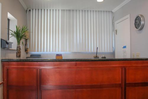 Bay Bridge Inn San Francisco - San Francisco, CA CA 94107