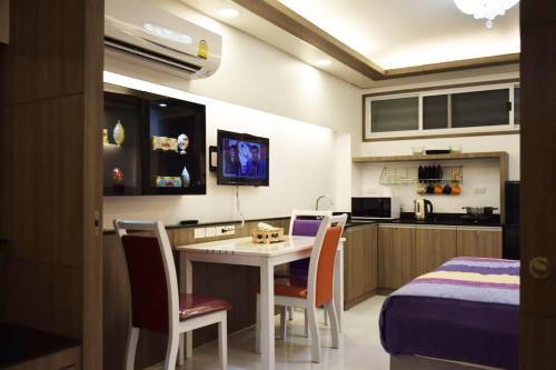 Family Suite Room Pratunam photo 43