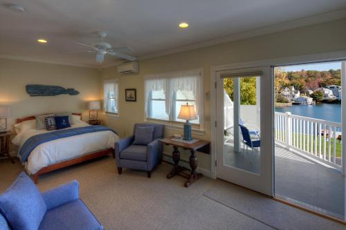Blue Heron Seaside Inn