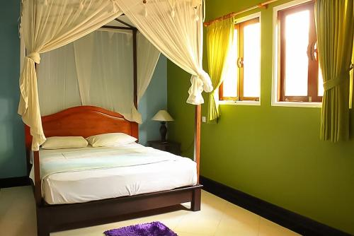 Kamar Deluxe Double dengan Shower (Deluxe Double Room with Shower)