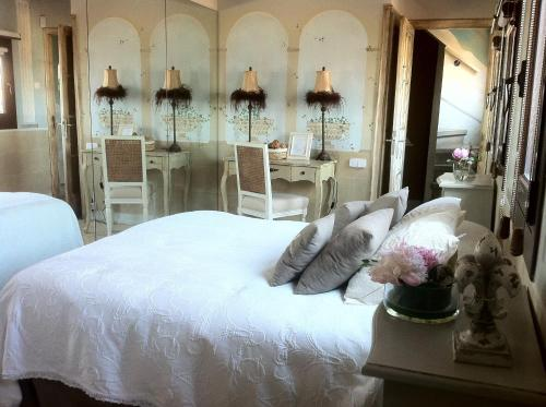 Boutique Hotel Davallada- Adults Only photo 7