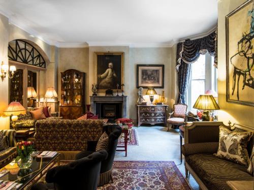 29-31 Draycott Place, London SW3 2SH, United Kingdom.